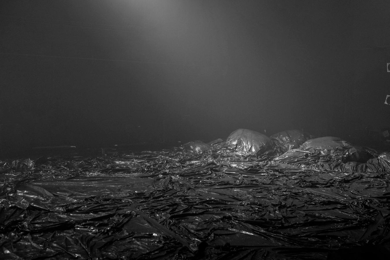 Huei-Ming Chang & Chi-Yu Liao / 1.5 Billion Light-years Away